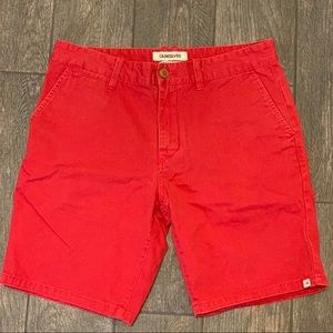 $20‼️Red Quiksilver shorts sizeW32